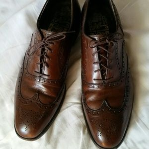 Johnston and Murphy Aristocraft wingtip oxfords